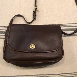 Vintage Coach City bag, purse. Brown leather EUC